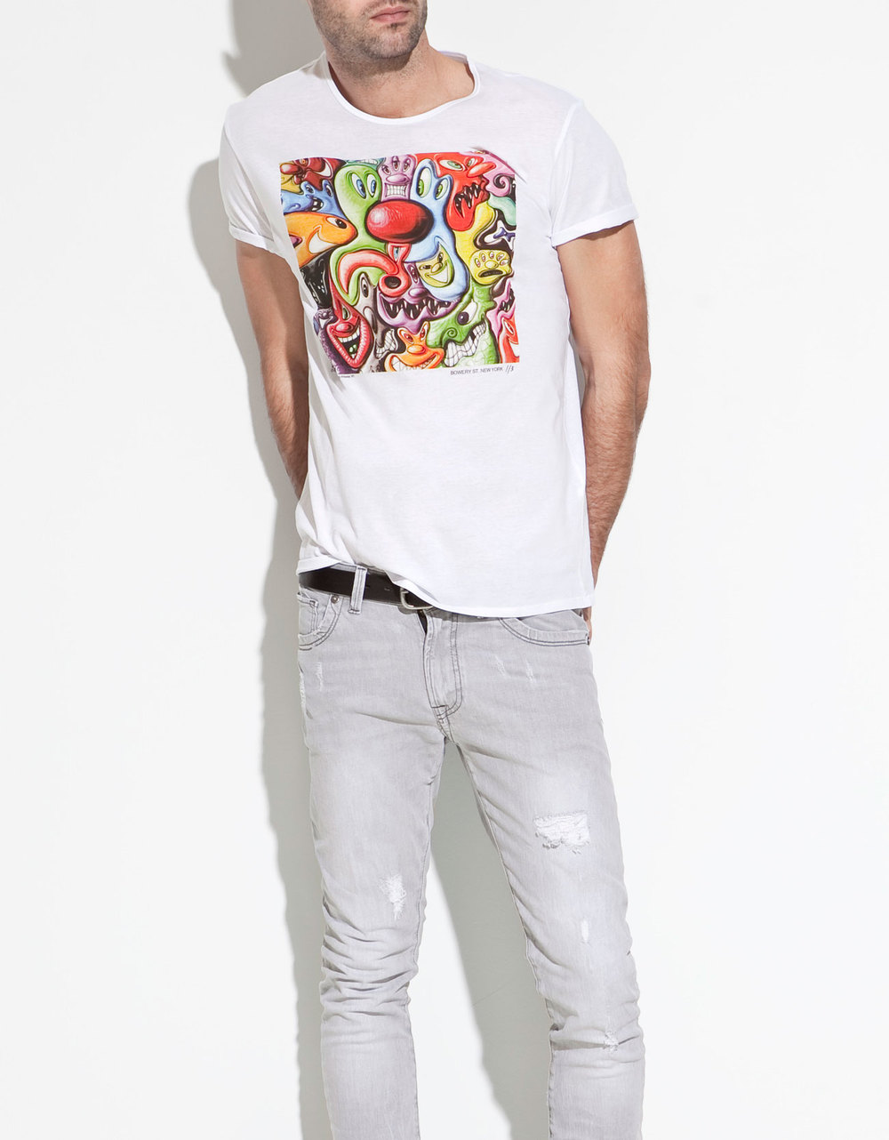 zara-white-kenny-scharf-t-shirt-product-1-3007940-593586371.jpeg