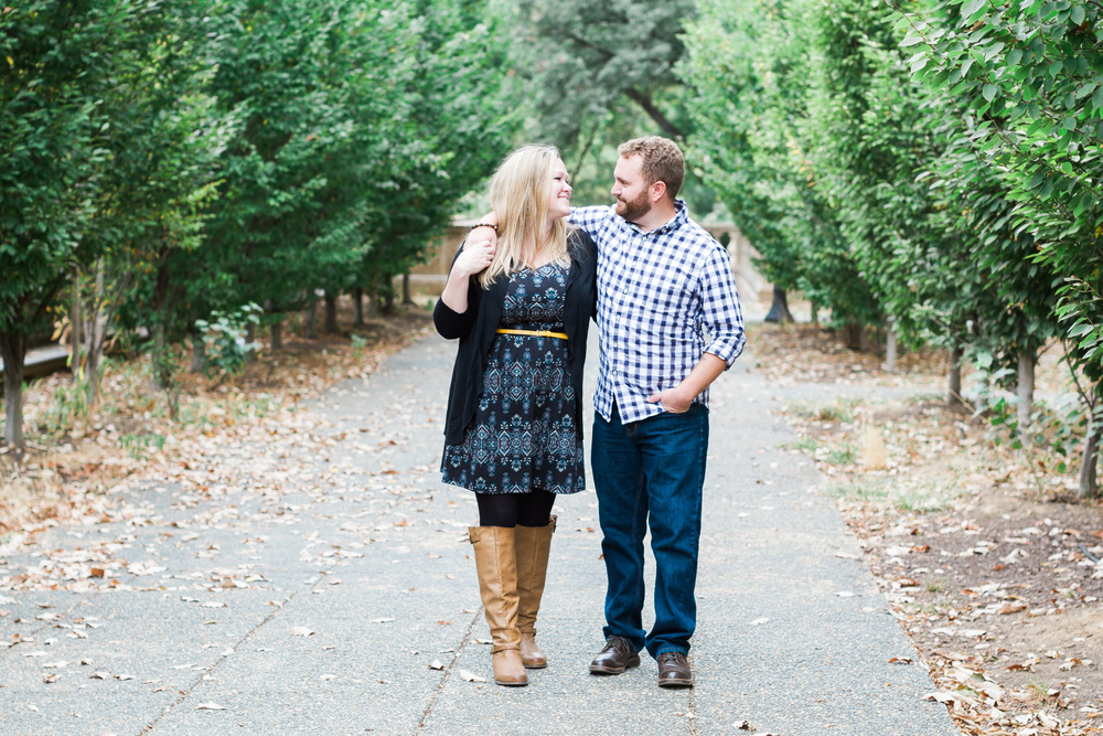 Meridian Hill Park Engagement Photography | Andrea Rodway Photography