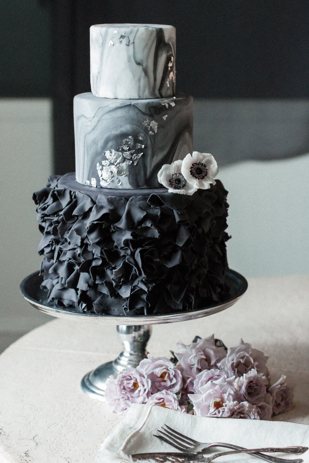 Dark & Moody Wedding Inspiration | Andrea Rodway Photography-15.jpg