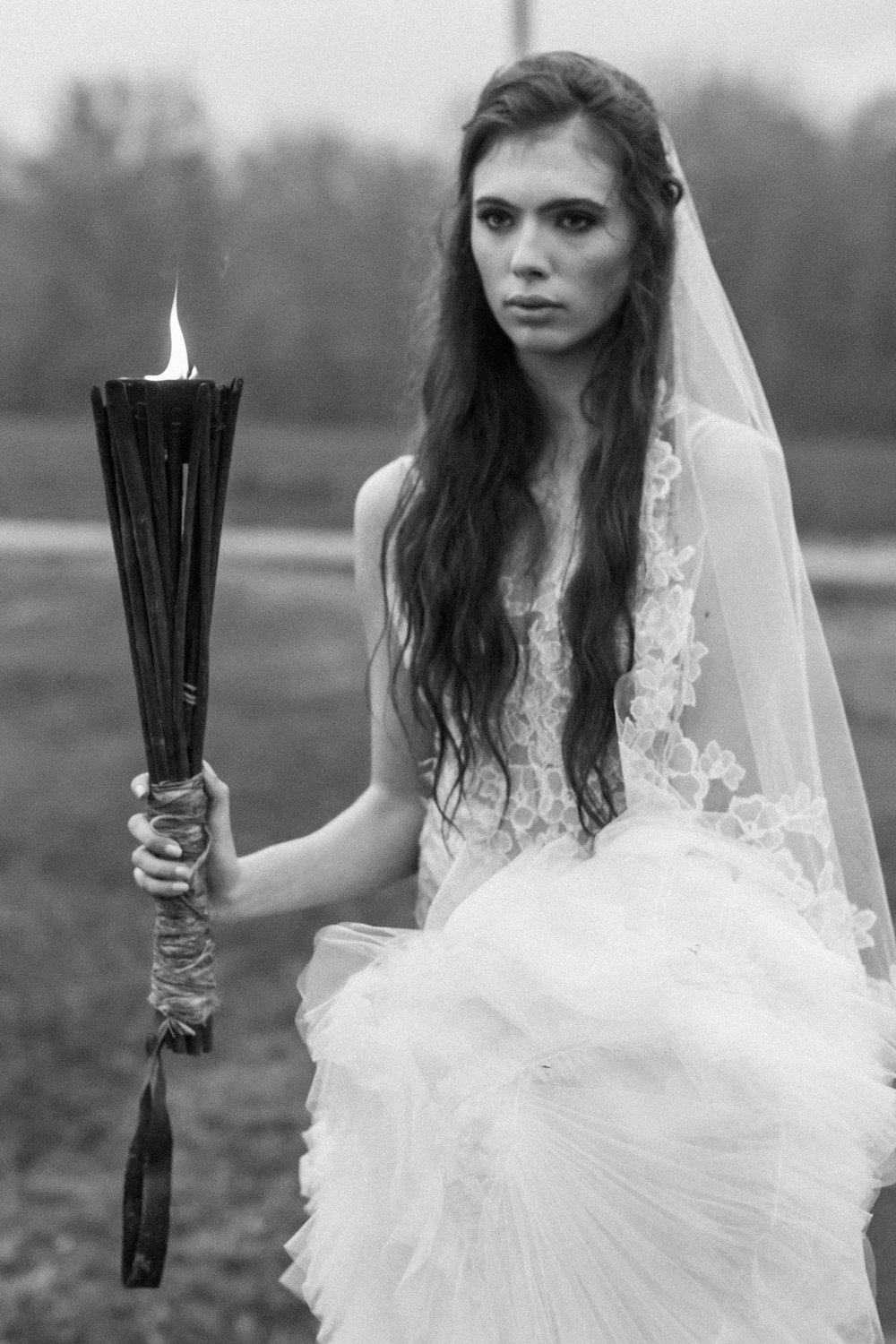 Dark & Moody Wedding Inspiration | Andrea Rodway Photography-41.jpg