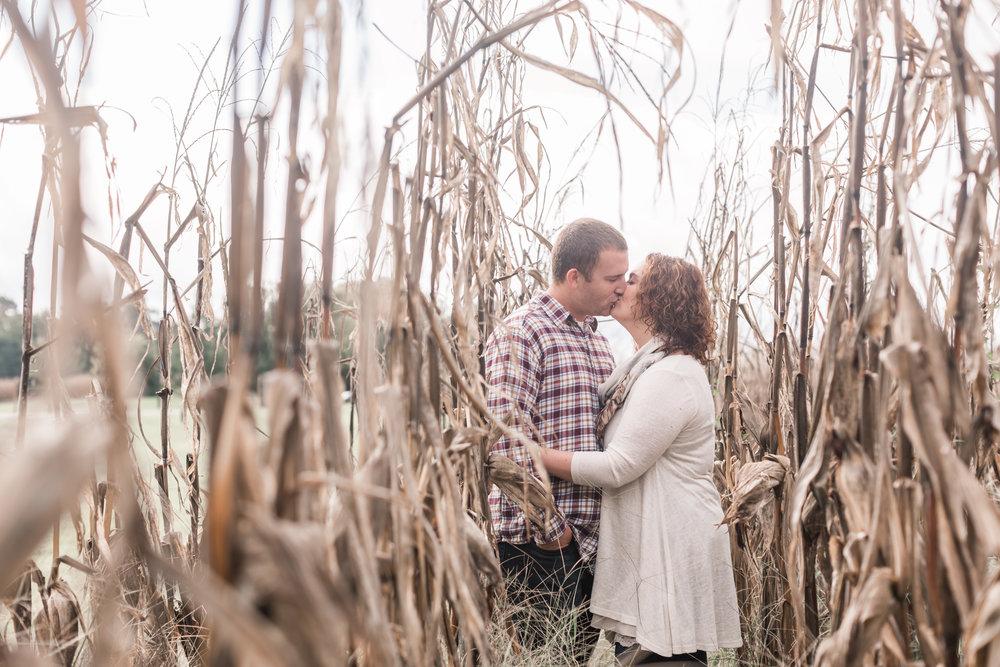 Jefferson Patterson Park Engagement_Andrea Rodway Photography-1.jpg