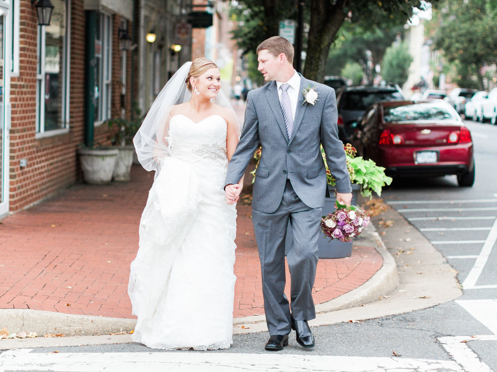 Fredericksburg Square Wedding | Andrea Rodway Photography-1.jpg