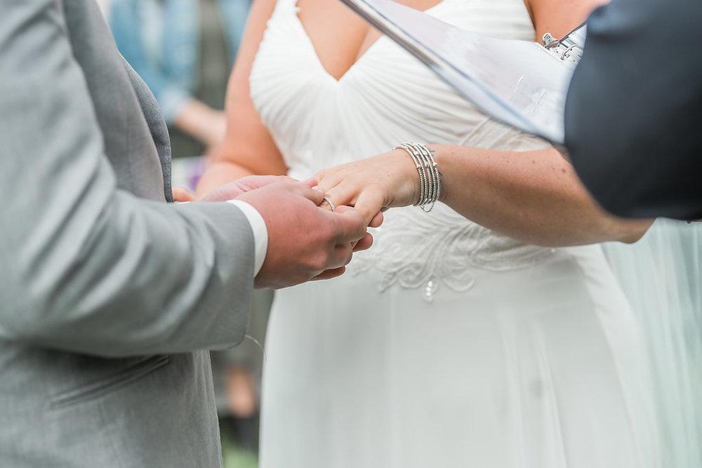 Jubilee Farm & Vineyard Wedding | Andrea Rodway Photography