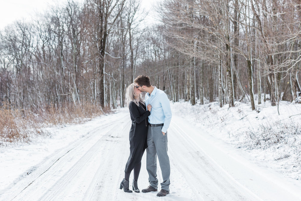 Snowy Mountain Engagement in Snowshoe West Virginia | Andrea Rodway Photography