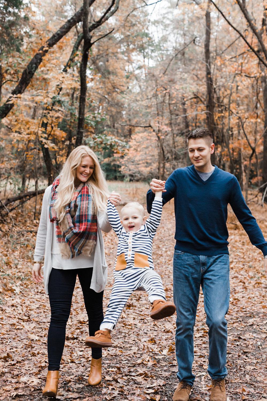 Manassas Battlefield Fall Family Session | Andrea Rodway Photogr