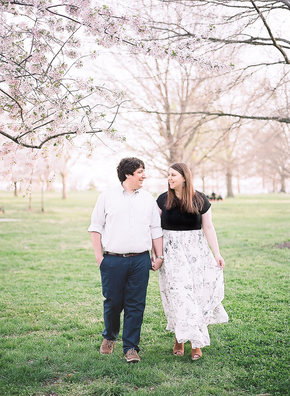 Cherry Blossom Engagement Photos   Andrea Rodway Photography