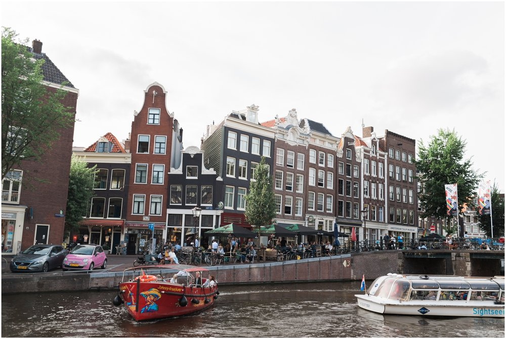 Downtown Scenic Amsterdam Canals