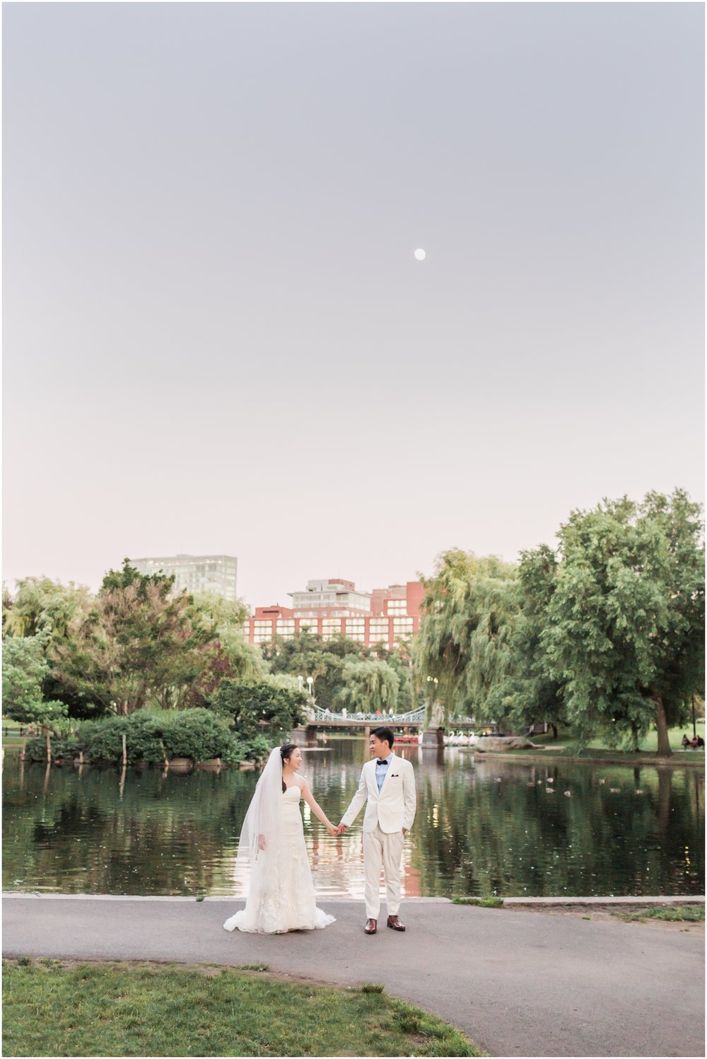 Boston Public Gardens Engagement Session // Boston Engagement Photographer