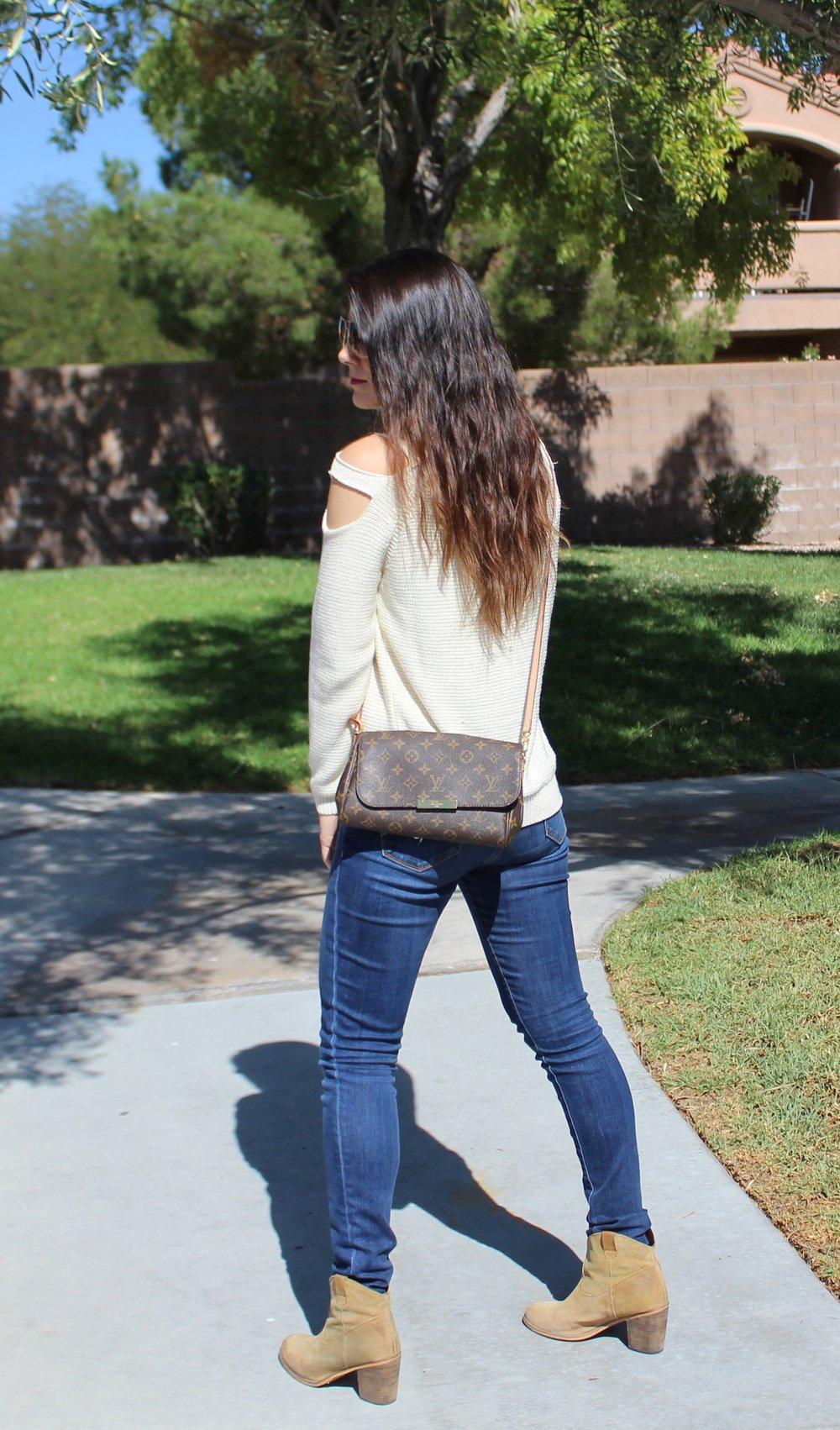 falloutfit,autumoutfit,fashion,style,sweater,cutoutsweater,jeans,denim,louisvuitton,bag,blogger,lasvegas,lasvegasblogger
