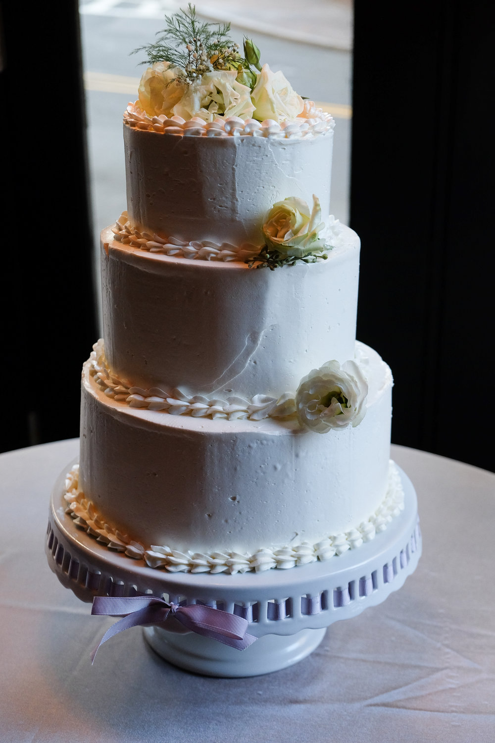 Classic wedding cake at our venue, 6B Lounge, located in Boston's Beacon Hill