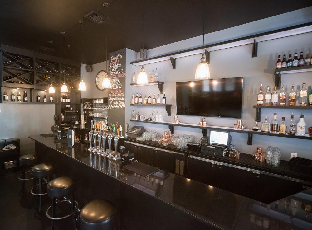 Bar at 6B Lounge, Boston's Beacon Hill