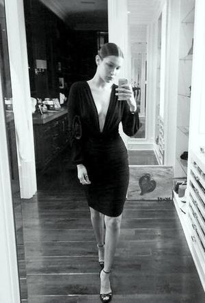 Bella-Hadid.jpg