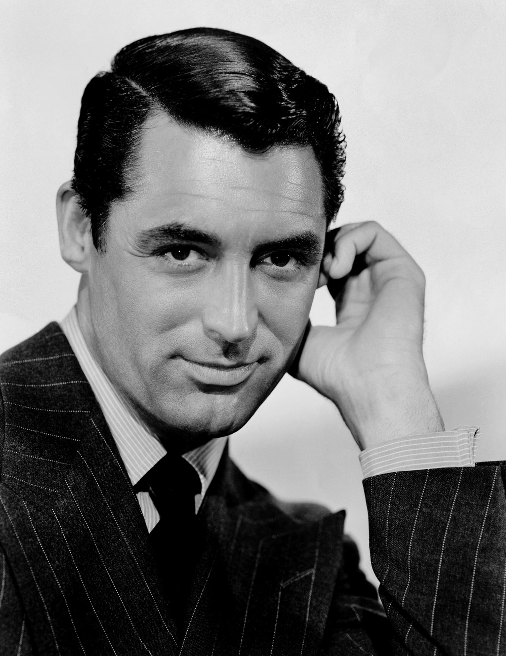 A picture of Cary Grant looking attractive