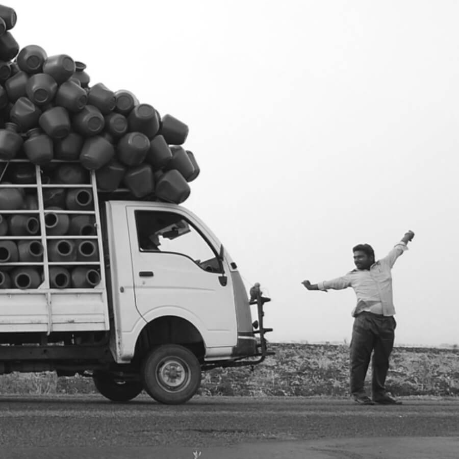 INLOOP Logistics in India is a challenge for every business. Transporting people and things in a reliable and safe manner is almost always done manually. We are the strategic design partner for the CEO of a platform that uses digital contracts to modernize this process for the largest logistics corporation in India.