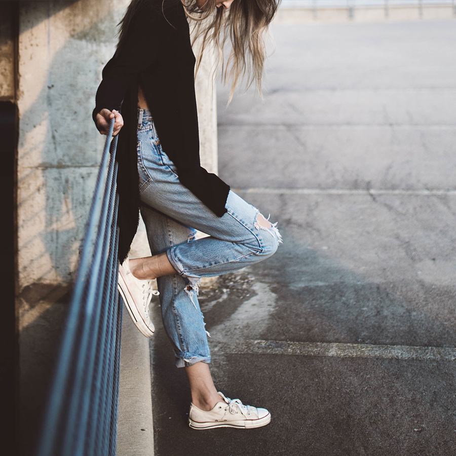 CUE Research shows that most women hate choosing what to wear everyday. They are also tired of all the clothes in their closet. We are working with the dynamic CEO of a fashion startup to help women feel great about what they wear every day.