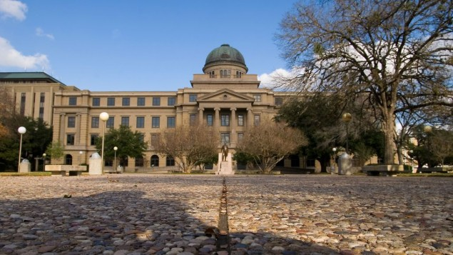 The Academic Building at Texas A&M University, College Station, Texas. (Wikipedia/Stu Seeger-Flickr/CC BY 2.0)