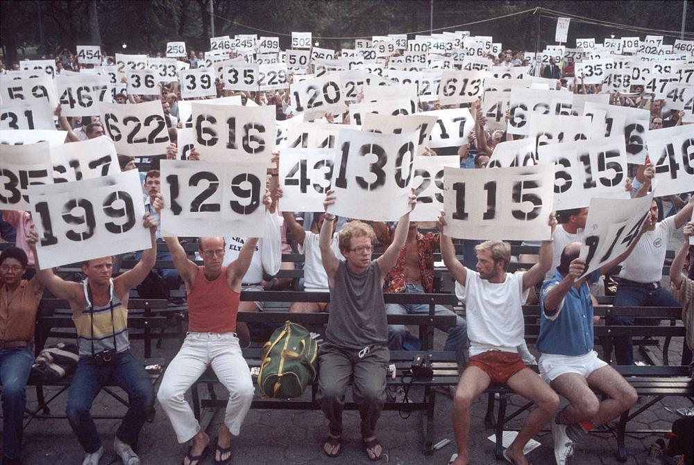 aids-failure-1980s-reagan-body-image-1480549433.jpg