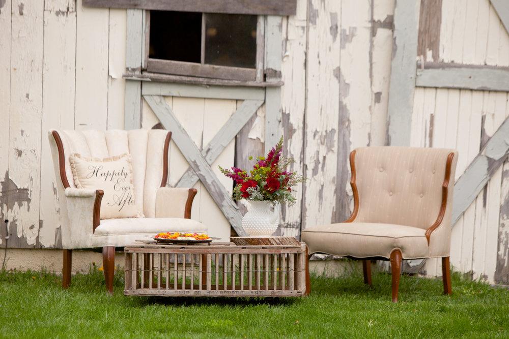 Vintage Country Vineyard Styled Shoot-0086.jpg