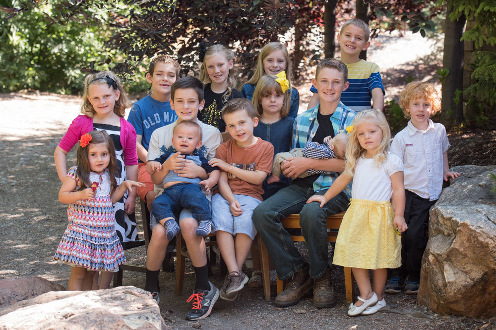 extended-family-pictures-logan-utah