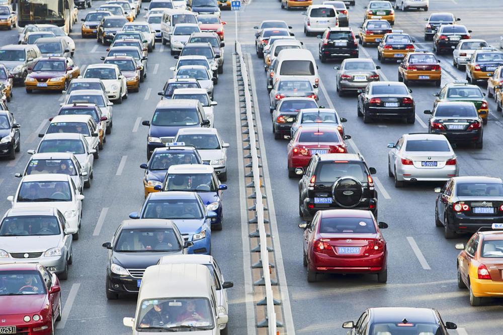 traffic-shutterstock_100002848.jpg
