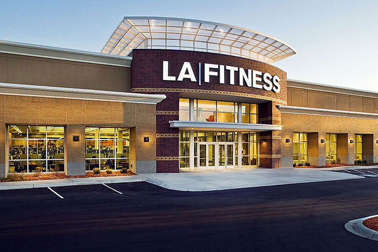 LA FITNESS      5885 W. Arizona Pavilions Dr, Tucson AZ 85743