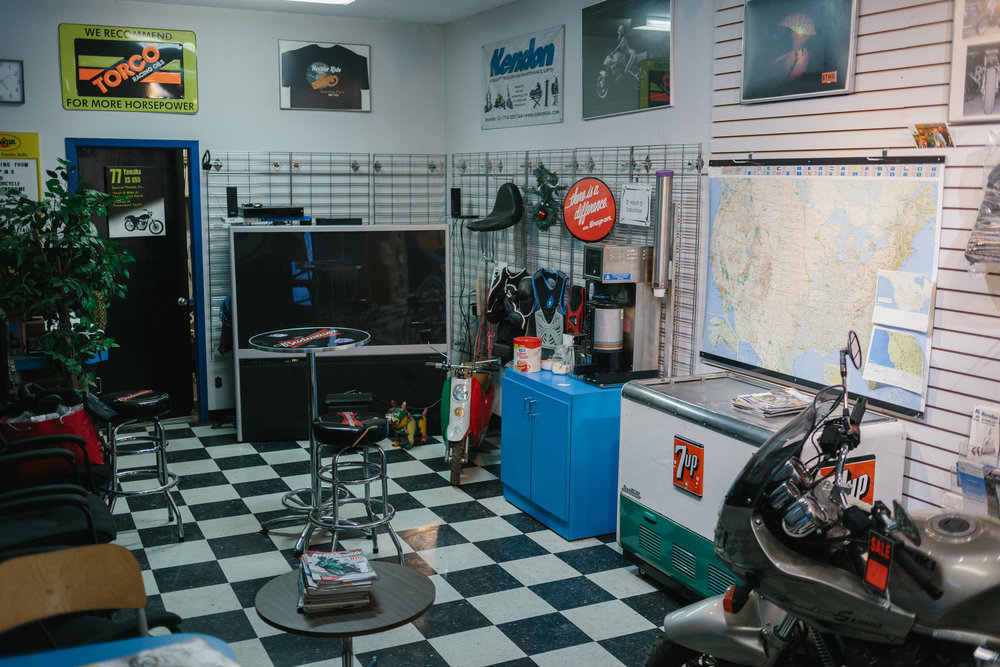 performance-cycle-and-auto-calgary-autobody-mechanic-shop-yyc-24.jpg