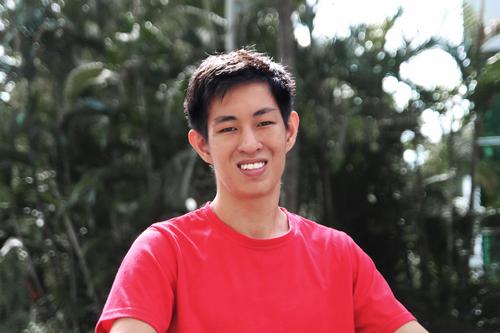BOXIAN TAN - COO & Co - FounderLà người sáng lập và COO của Ninja Van, Boxian chịu trách nhiệm với tất cả các mảng bao gồm quản lý, chiến lược, hoạt động và phát triển của công ty.Trước khi đồng sáng lập Ninja Van, Bo Xian là COO của thương hiệu bán lẻ quần áo, Marcella. Bo Xian tốt nghiệp Thạc sĩ Kinh tế và Triết học Đại học Cambridge.
