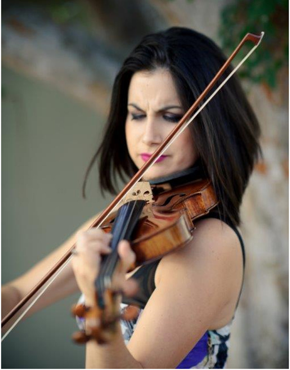Visit  Ms. Belen's personal website at   www.BelenViolin.com