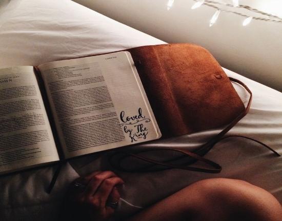 89b6d0c032821a0f7aa9813ded7a42d0--reading-bible-photography-bible-goals[1].jpg