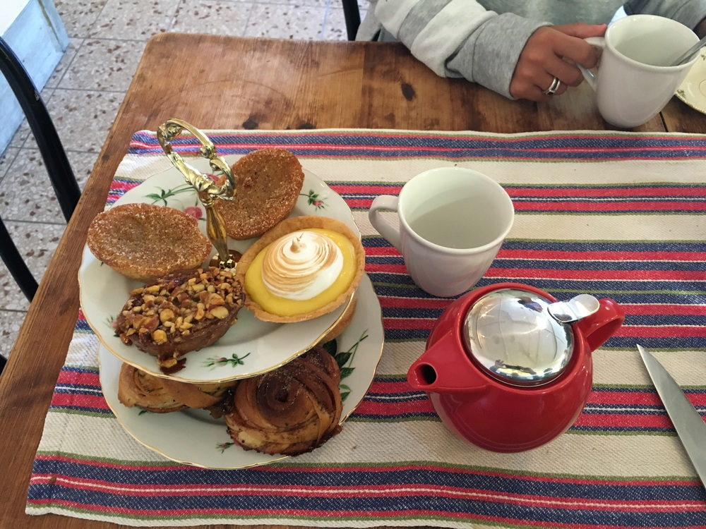 The tourist wanted to try all Swedish pastries, I kind of did too... Kind of...
