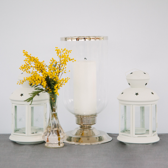 LANTERNS - GLASS/SILVER - medium       WHITE - small