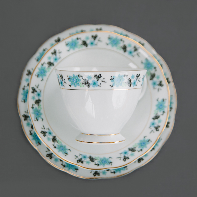 VINTAGE CHINA - TURQUOISE FLOWER WITH BLACK LEAF - trio