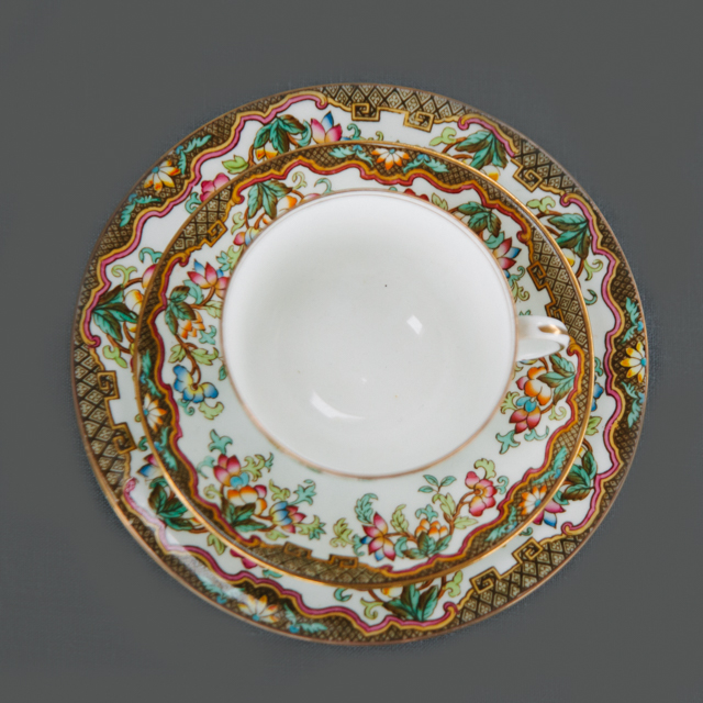 VINTAGE CHINA - MULTICOLOURED FLOWER WITH BROWN DETAIL - trio