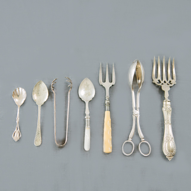 SILVERWARE - VINTAGE SILVER SERVING CUTLERY -  ASSORTED - small, medium & large