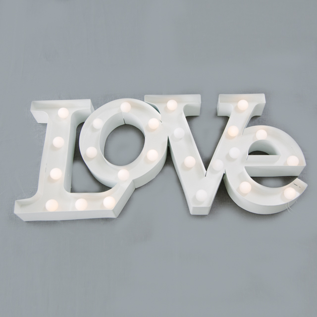 FEATURE LIGHTING - LED LOVE SIGN - medium