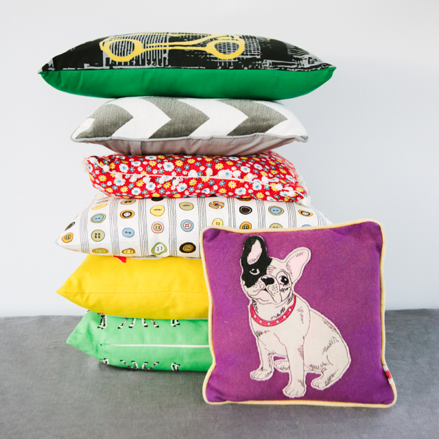 CUSHIONS - ASSORTED - PLAIN, PATTERNED & MULTICOLOUR - SQUARE, RECTANGLE & ROUND - small, medium & large