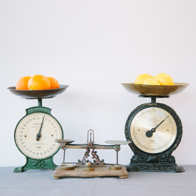 ODDS 'N' ENDS - ANTIQUE, VINTAGE & RETRO WEIGHTING SCALES - ASSORTED
