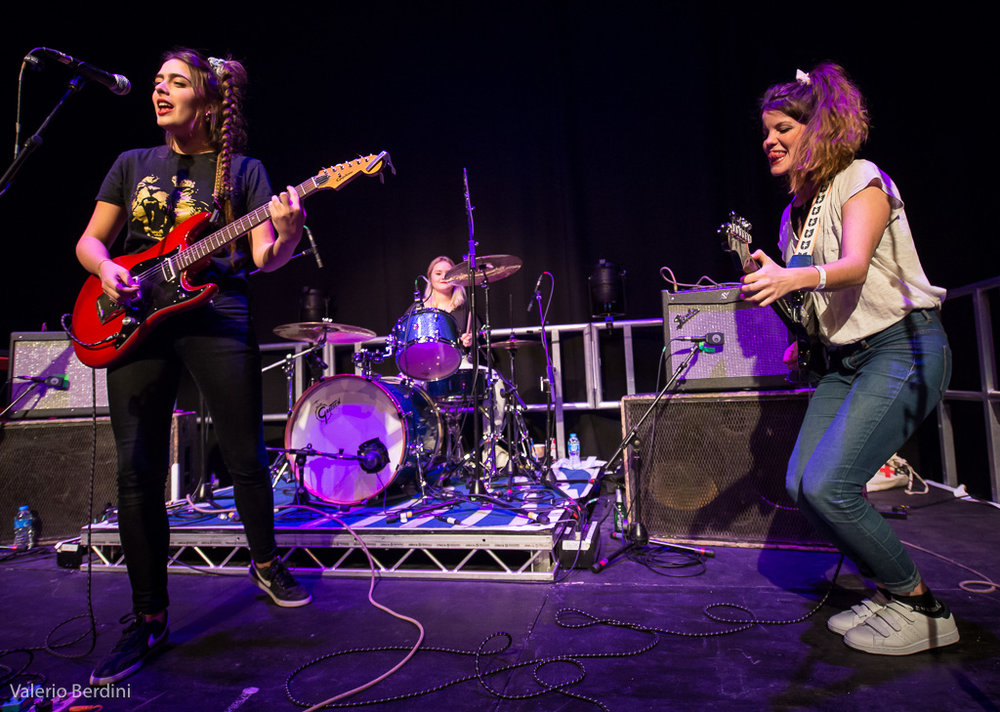 Review: Hinds @ SWG3, Glasgow - Maisie Wilson