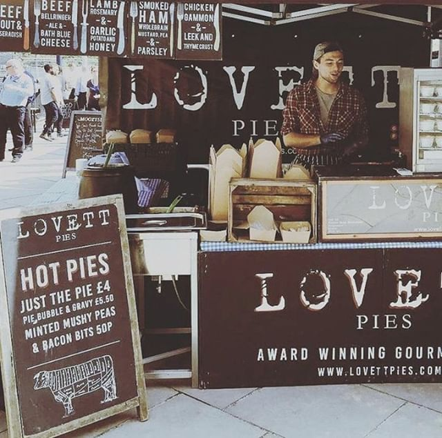 This Saturday we'll be at Bath Farmers Market from 9am - 1.30pm and Keynsham Farmers Market from 9am - 1pm with our range of original and #vegan pies. 👩‍🌾🌱🥧⠀ ⠀ Join us, why don't you...?⠀ ⠀ @bathfarmersmarketgreenpark @somersetfarmersmarketsuk⠀ #bathfarmersmarket #keynshamfarmersmarket #lovettpies #streetfood #smallbusiness #independent #vegan #pies #localproduce #markets #marketday