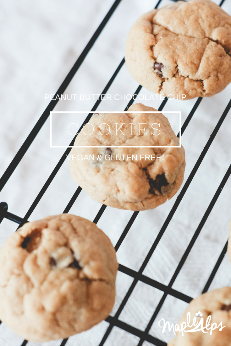 Seriously delicious Peanut Butter Chocolate Chip Cookies - #Vegan and #GlutenFree?! Yes please!! | www.maplealps.com