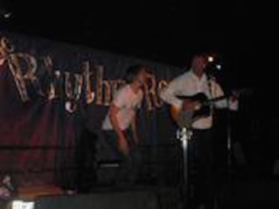 On stage with Steve Poltz at the Rhythm Room in Phoenix, May 2007
