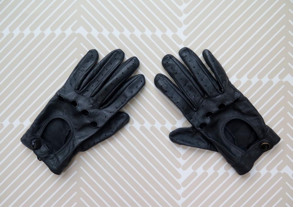 Primark black leather gloves