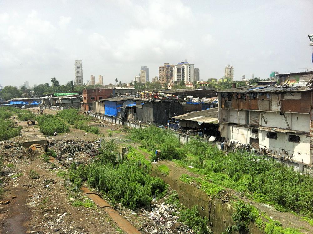 THE DHARAVI SLUM, MUMBAI, INDIA