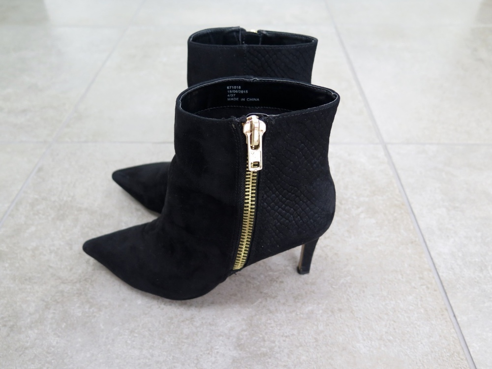 River Island Black Pointy Heeled Boots