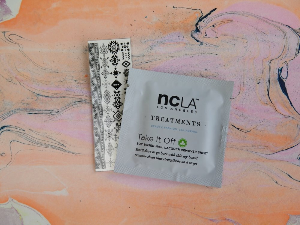 MEEBOX MAY 2017 NCLA - 'TAKE IT OFF' SOY REMOVER WIPES AND HOUSE OF WONDERLAND - MEEBOX LOST CITY DECALS