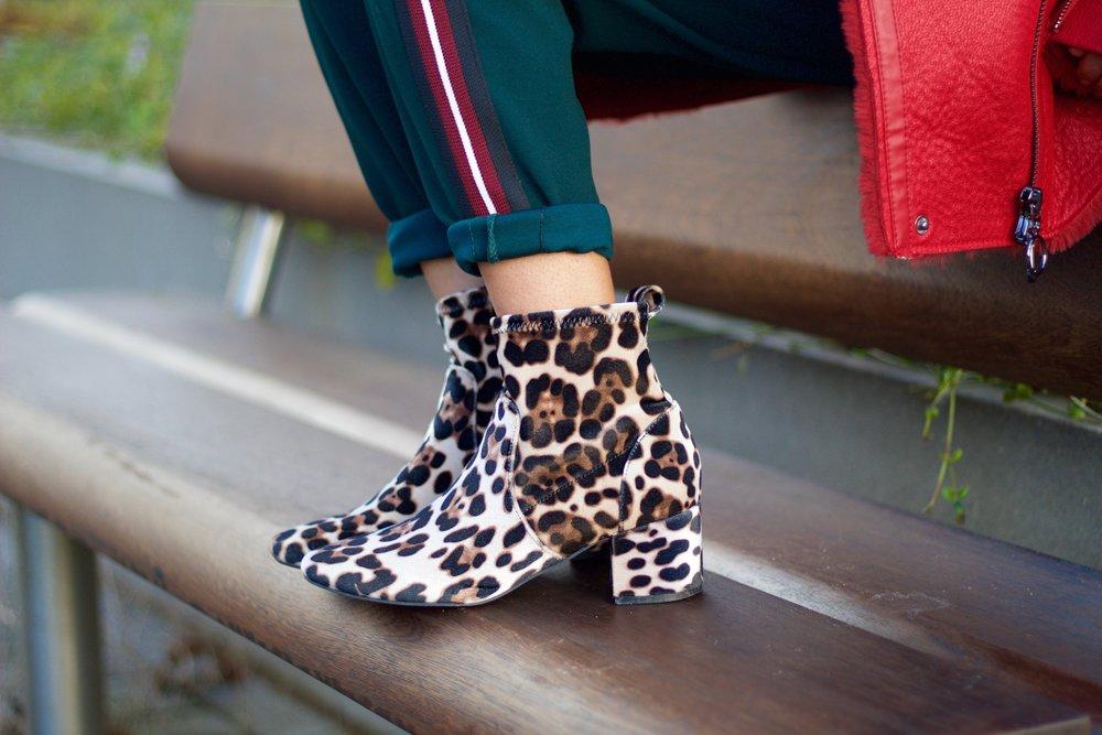 Leopard print velvet boots