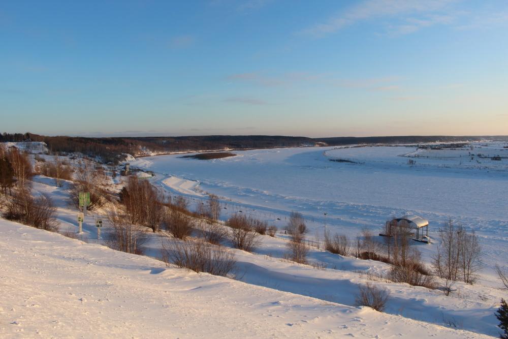 A frozen River Tom