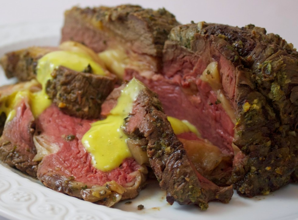 FOXHOLLOW FARM STANDING SIRLOIN RIB ROAST WITH AIOLI