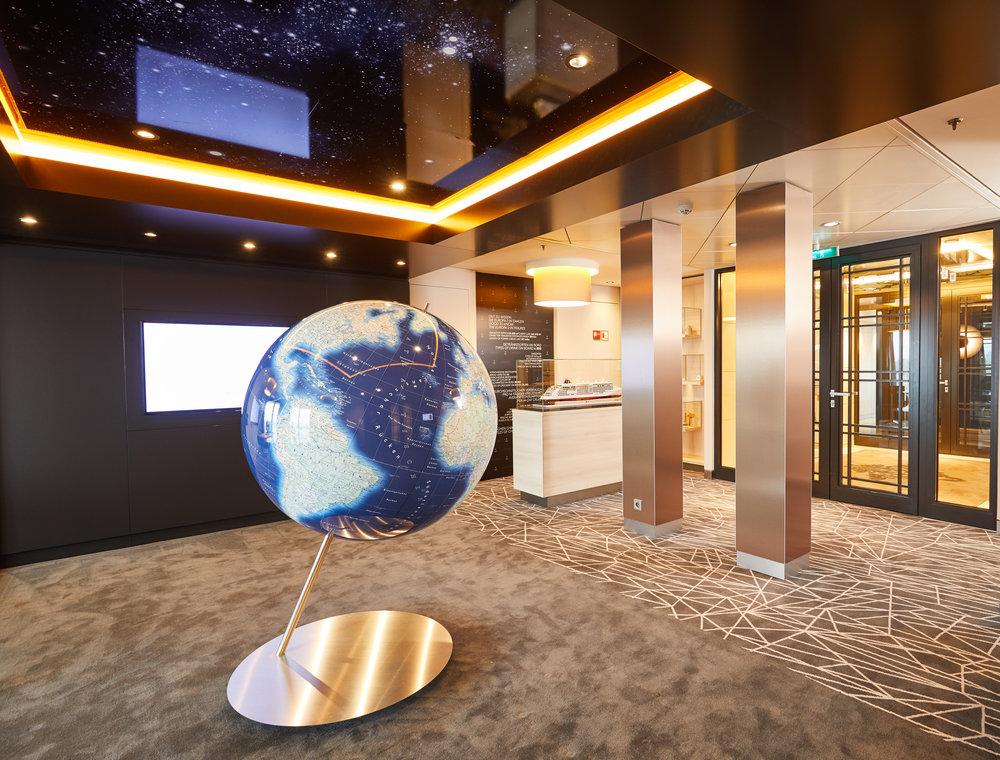 Cruise_Sales_Lounge.jpg