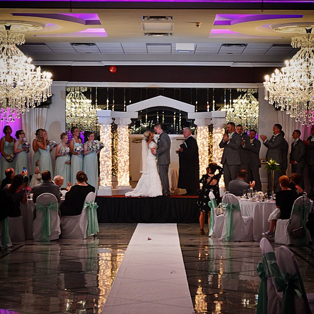 Dj & Frank Daley read about their #wedding and see photos. Click on our link in our bio.